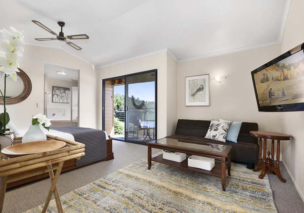 luxury cabin Maleny